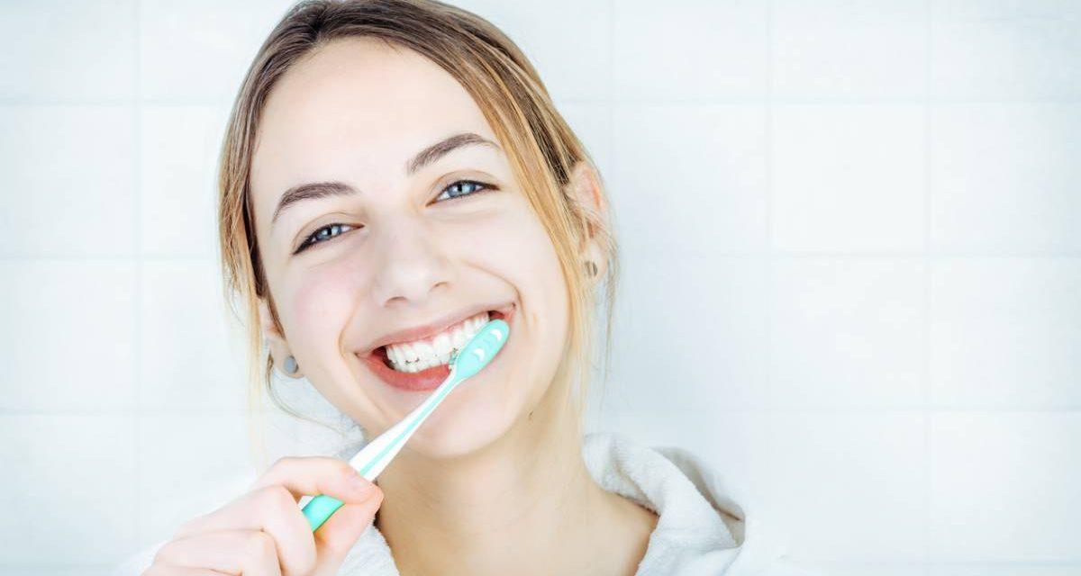 Pourquoi opter pour un dentifrice bio ?