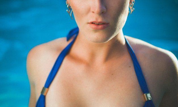Vous êtes une sirène pulpeuse ? Découvrez notre sélection de maillots bain grande taille !